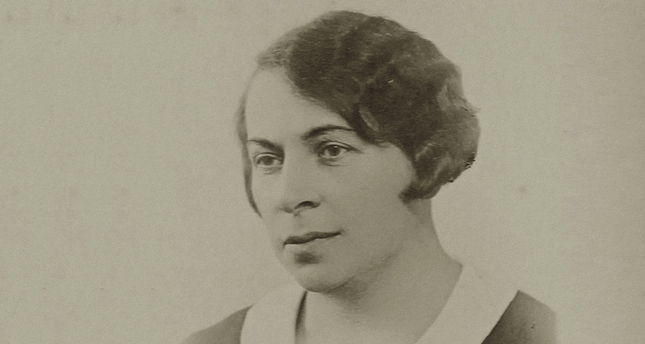 Masza aka Maria Bromberger – public school teacher