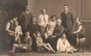 Rodzina Sadzawka, JewishPlock.eu