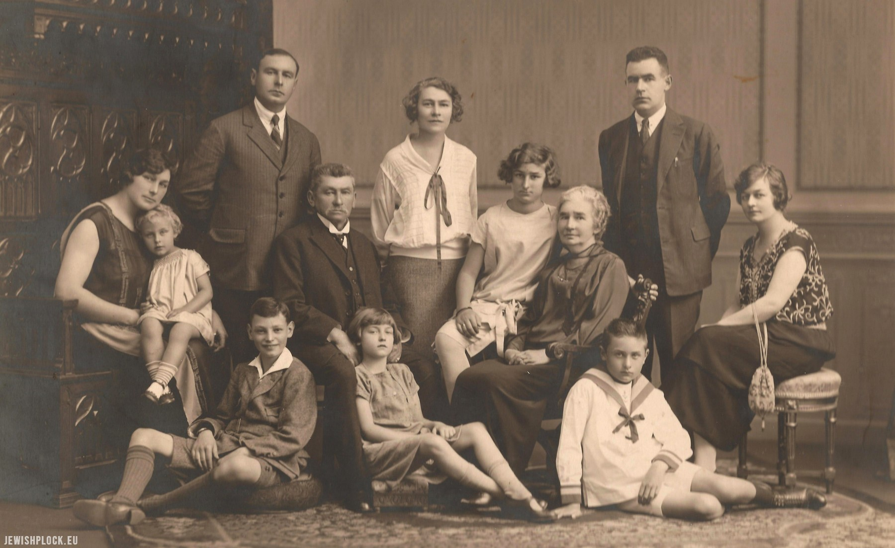 The Sadzawka family