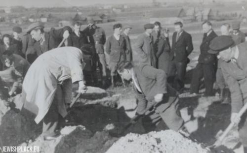 Ekshumacja 25 Żydów zamordowanych przez Niemców podczas II wojny światowej, 21.10.1946 rok