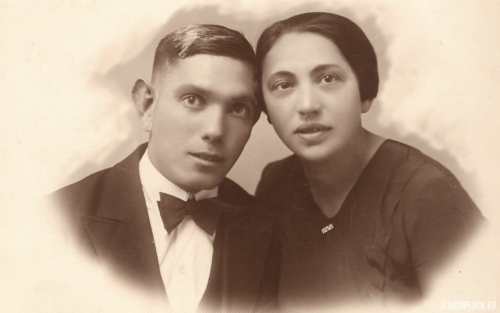 One of the Krasiewicz sisters with her fiancé
