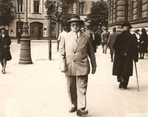 Izydor Wajcman, Warszawa 1930 rok