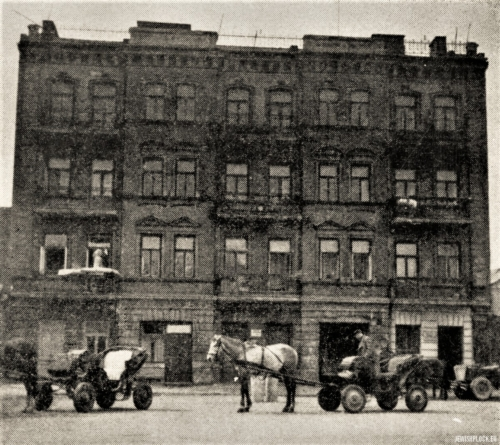 Tenement house at 9 Kwiatka Street in Płock - the seat of Makabi