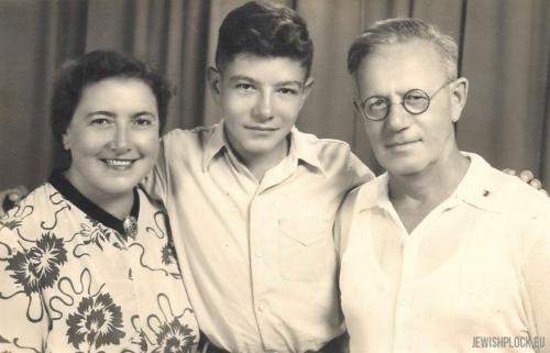 Matias Marienstras z żoną Kazimierą i synem Grzegorzem Januszem