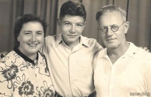 Matias Marienstras z żoną Kazimierą i synem Grzegorzem Januszem (fotografia ze zbiorów prywatnych Zvi Mariańskiego)